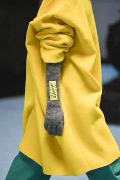 Fashion Show, Boho Fashion, Raf Simons, Ready To Wear, Vogue, Fall, Detail, How To Wear, Style