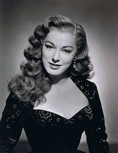 actress Eleanor Parker ; love her hair. It's a shame this photo is black and white, you can't see her flaming locks.
