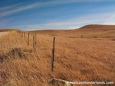 The flint hills in the fall Flint Hills, Big Sky, Mother Earth, Picture Photo, Kansas, Fields, Country Roads, Mountains, Nature