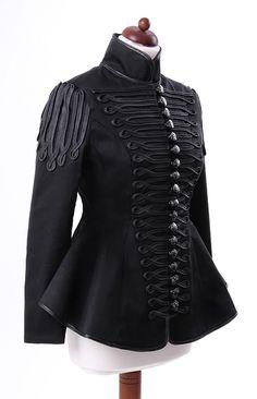photo n°5 : Veste gothique femme RESTYLE type militaire