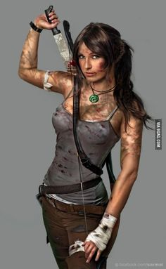 Good Lara Croft cosplay... Lara Croft, Wonder Woman