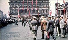 hitler mussolini munich railway station 1938