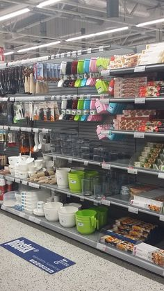 Baking Station, Bakery Supplies, Home Gadgets, Studio Design, Shop Ideas, Pantry, Diy And Crafts, Shelf, Tools