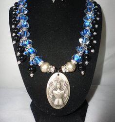 A Flawless Blue Glass Onyx Necklace Art Nouveau by RamsesTreasure