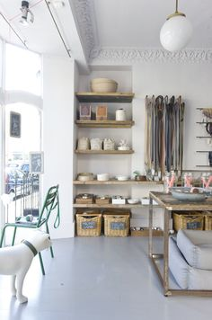 Like the Conran Shop of the animal kingdom, Mungo & Maud redefines the pet store as a luxurious shopping experience.