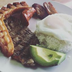 thatchillaxdude.com #thatchillaxdude  Pure Columbian!   #travel #instatravel #worldtravel #walkabout #wanderlust #travelfood  #foodporn #foodaddict #foodie #instafood #brunch #showmeyoureggs #cheatday #cheatdayeveryday #lafogata #fayettnam #braggdad