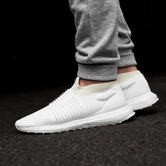 "f8fab54e8110e  everysize on Instagram  ""adidas UltraBoost Laceless ""Triple White"" ⚪ ⚪ ⚪ •  So fresh"