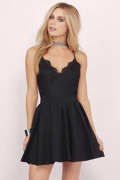 Mila Burgundy Lace Pleated Sleeveless Skater Dress