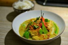 Poulet Curry Coco, Coco Curry, Curry Vert Thai, Thai Red Curry, Thai Cooking, Asian Cooking, Asian Recipes, Healthy Recipes, Ethnic Recipes