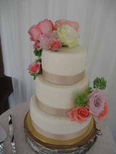 Simple Wedding Cake Decor, Ribbon and Dots