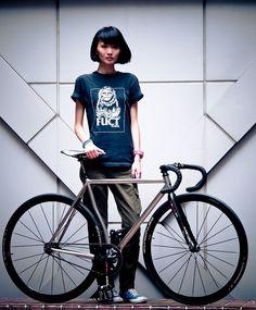 Le vélo c'est sexy quand on a le style