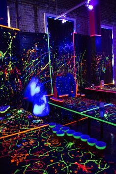 Great tips for throwing a black light party for Halloween. Glow