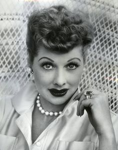 I love Lucy - Lucille Ball Hollywood Walk Of Fame, Old Hollywood, Classic Hollywood, Hollywood Glamour, Hollywood Divas, Hollywood Stars, The Comedian, Lucille Ball, I Love Lucy