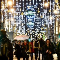 From Oxford Street, to Trafalgar Square, and up to the top of The Shard - London has the best Christmas lights. Here's where and when to see them in London Christmas Lights, Christmas Light Displays, The Shard London, London With Kids, Trafalgar Square, Oxford Street, Twinkle Twinkle, Light Up, Places To See