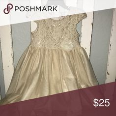 Bonnie Jean gold and cream dress Used for a tea party birthday! Looked precious Bonnie Jean Dresses
