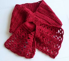 Craftybegonia: Josette Freebie scarf, love the bottom half, makes it special : thanks so for sharing xox