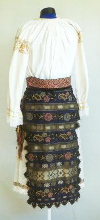 Romanian costume parade - Banat