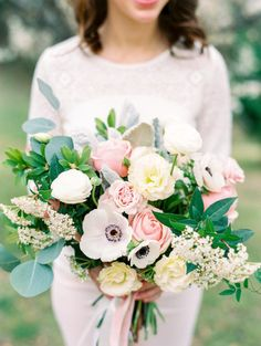 Beautiful blooms: http://www.stylemepretty.com/2015/04/13/romantic-surprise-proposal/ | Photography: Dana Fernandez - http://www.danafernandezphotography.com/