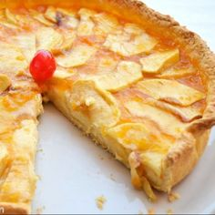 Tarta de manzana clásica Canapes, Hawaiian Pizza, Apple Pie, Pineapple, French Toast, Goodies, Sweets, Fruit, Breakfast