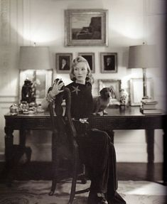 Standard Oil heiress Millicent Rogers (wearing the Boivin Starfish brooch) at home with one of her several dachshunds. Photograph by Richard Rutledge for American Vogue, March Lee Radziwill, Cy Twombly, Standard Oil, Dachshund Love, Vintage Dachshund, Daschund, Vintage Dog, Retro Vintage, Nyc