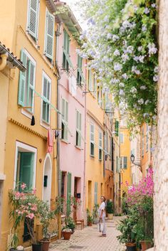 "Villefranche-sur-Mer, France Discover the brightly colored seaside town of Villefranche-Sur-Mer through the lens of Julia Engel of Gal Meets Glam on her trip to the French Riviera.""},""is_promoted"":false,""view_tags"":[],""board"":{""privacy"":""public The Places Youll Go, Cool Places To Visit, Places To Travel, Places To Go, Vacation Places, Vacation Spots, Europe Destinations, Honeymoon Destinations, Honeymoon On A Budget"