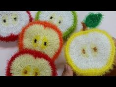 Crochet Tote, Crochet Dolls, Knit Crochet, Crochet Ideas, Crochet Patterns, Crochet Kitchen, Scrubs, Coasters, Tote Bag