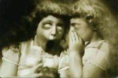 Secrets Creepy Old Photos, Creepy Images, Creepy Pictures, Old Pictures, Nature Pictures, Paranormal, Vintage Photographs, Vintage Photos, Creepy Vintage