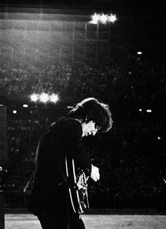 The Beatles Live, Les Beatles, John Lennon Beatles, Beatles Guitar, George Harrison, Pink Floyd, Led Zeppelin, Metallica, The Quiet Ones