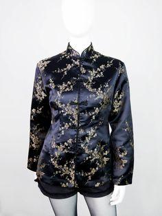 Li.Ly- Schwarzer #Vintage #Blazer aus Seide mit All-Over-Stickerei im Chinese Look - #VelvetVintage