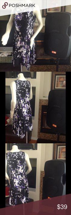 Simply Vera Wang Dress New simply Vera wang dress. Flattering fit Simply Vera Vera Wang Dresses