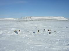 Beechey Island , Graves: In 1845, the British explorer Sir John Franklin, commanding a new but ill-fated search for the Northwest Passage aboard HMSs Erebus and Terror, chose the protected harbor of Beechey Island for his first winter encampment.