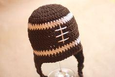 Fiber Football! 10 Free Crochet Football Patterns. Bonnet EnfantChapeaux ... a62badde8c9