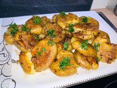 Héjában sült krumpli, zsírban-vajban pirítva Chicken Wings, Shrimp, Cooking, Health, Recipes, Food, Kitchen, Health Care, Recipies