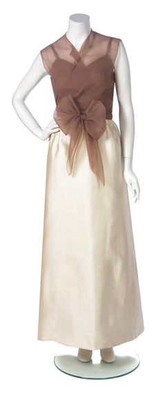 1967 Balenciaga Haute-Couture Ivory Silk & Nude Chiffon Illusion Evening Gown 3