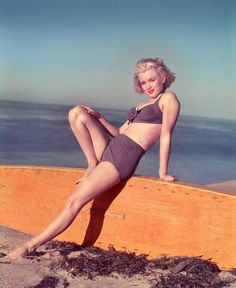Marilyn Monroe photographed by Laszlo Willinger, 1951.