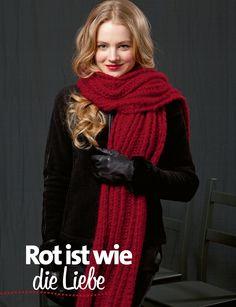 Roter Schal Lang Yarns, Garn Style http://www.bpa-sportpresse.de/fantastische-strick-ideen-style-edition-sonderheft-01-2014.html