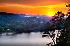 Sunset over Pinnacle Mountain
