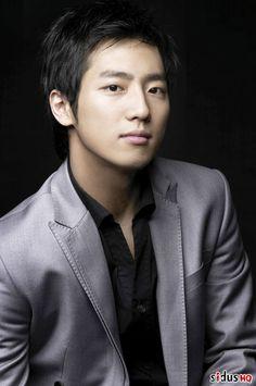 Lee Sang Yeob (Innocent Man, Midas, A Little Love Never Hurts, Miss Ripley, Bluebird's House)