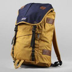Patagonia Arbor Pack 26L Oaks Brown Navy Unisex Backpack Padded Laptop Sleeve… Bts Bag, Modern Backpack, Yellow Backpack, Bag Design, Canvas Backpack, Mustard Yellow, School Bags, Laptop Sleeves, Patagonia