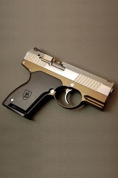 The XR9 is a prototype 9mm pocket pistol by Boberg Engineering.