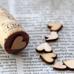 stempeln mit Korken und Holzstreudeko