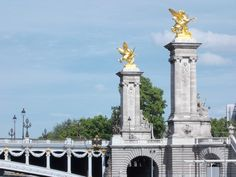 Discover amazing things and connect with passionate people. Pont Alexandre Iii, Paris, San Francisco Ferry, Statue Of Liberty, Building, Amazing, Travel, Statue Of Liberty Facts, Viajes