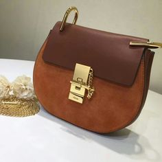 124699,Chloe Bag,Size 23 or 19 cm