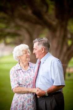 Molly and Kelven Wedding Anniversary) Mom Dad Anniversary, 60th Anniversary Parties, Wedding Anniversary Photos, Anniversary Photography, Anniversary Ideas, Older Couple Poses, Older Couples, Couple Posing, Couple Portraits