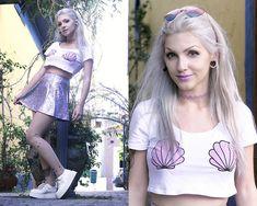 Lindsay  Woods - Choies Heart Sunglasses, Ethus Mermaid Cropped, Ethus Holographic Lilac Skirt - 90's Mermaid