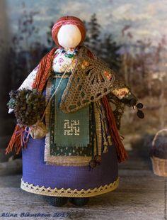 """Народные куклы ручной работы. Ярмарка Мастеров - ручная работа. Купить Авторская кукла-оберег """"Лесная Берегиня"""". Handmade."""