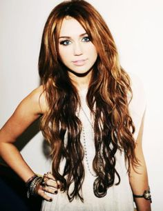 miley long hair