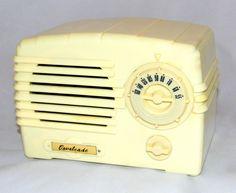 https://flic.kr/p/LgLDa7 | Vintage Cavalcade Model RS-1A Table Radio By The…