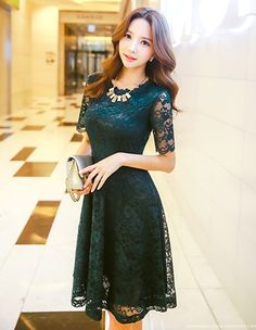 OUR POPULAR ARTICLES: Fashionable Long Gowns and evening Dresses Top Street Style Looks of 2018 Lace is already a cute stuff. When laces are placed upon dresses, the result is awesome. Pretty Dresses, Sexy Dresses, Beautiful Dresses, Evening Dresses, Short Dresses, Fashion Dresses, Prom Dresses, Woman Dresses, Asian Fashion