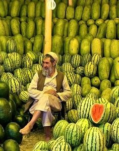 watermelons #Architects #Construction #Architecture  http://www.arcon.pk/portfolio/commercial-plaza-at-ring-road-lahore